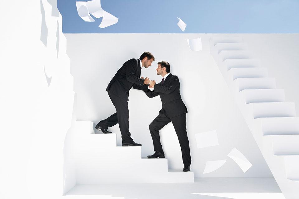 philipp_dimitri_photography-business-white-stairs-02
