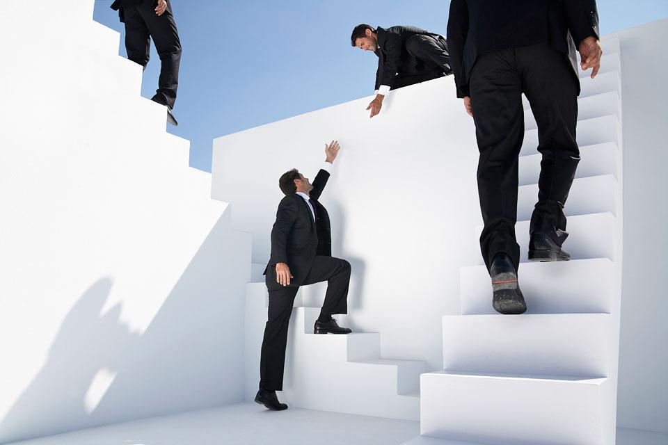 philipp_dimitri_photography-business-white-stairs-08